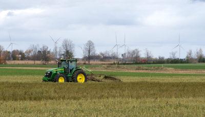 De la forêt aux terres agricoles : Résolu réduit les déchets grâce à l'épandage